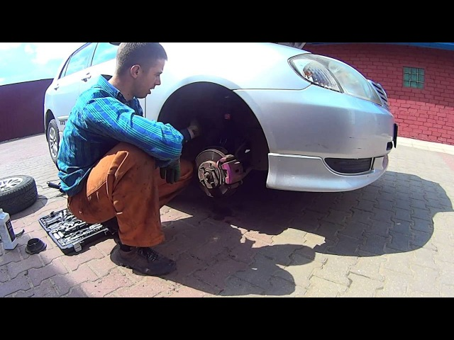 Замена стойки ( амортизатор ) Toyota Corolla