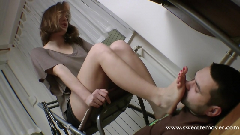 Foot worship Princess Daria - 2 Femdom Foot fetish Фут-фетиш slave licking feet trampling mistress sniff heels footjob