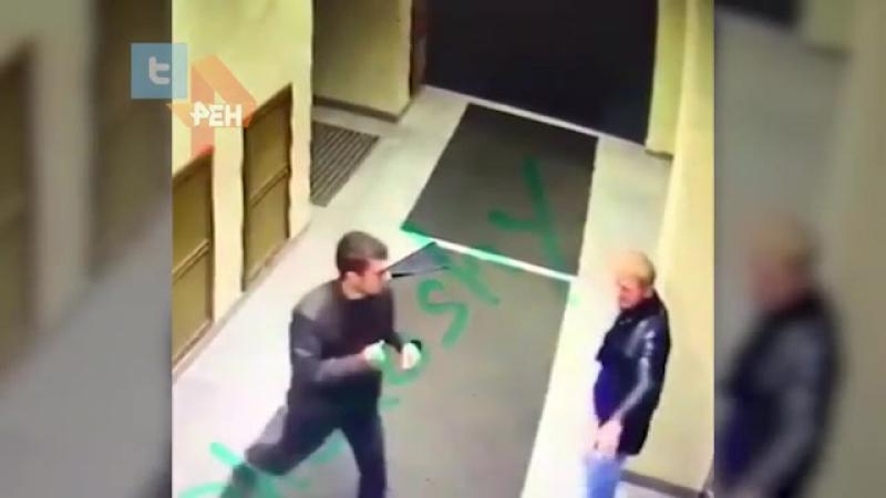 Мигрант в одиночку попытался напасть на управление ФСБ в Петербурге.