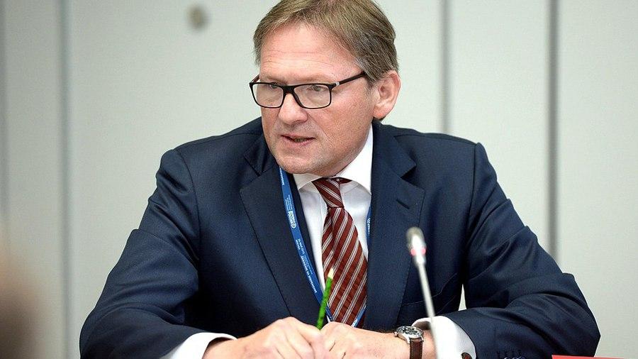 N0efaJ2dNAE Борис Титов предложил разрешить расчёты в криптовалютах за трансграничные покупки