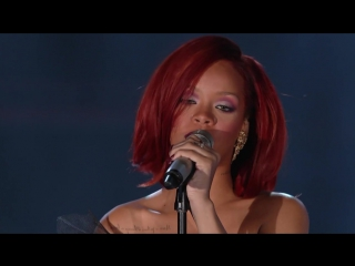 Rihanna and eminem - «love the way you lie (part ii)» (live@ grammy awards 2011)