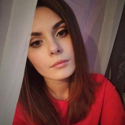 Катя Хмарская