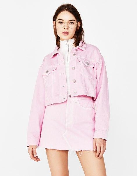 Джинсовая куртка с декоративными строчками