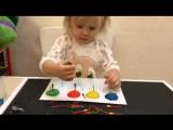 Учим цвета и развиваем мелкую моторику :)