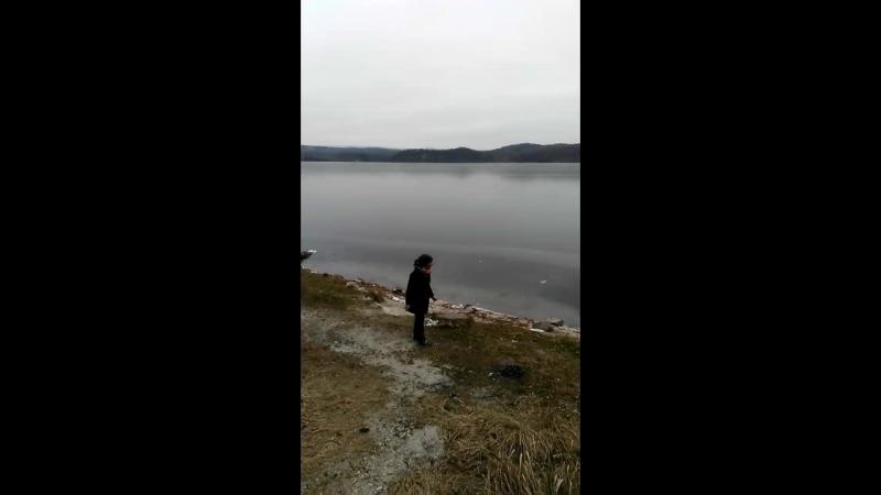 испытываем лёд на озере Аракуль