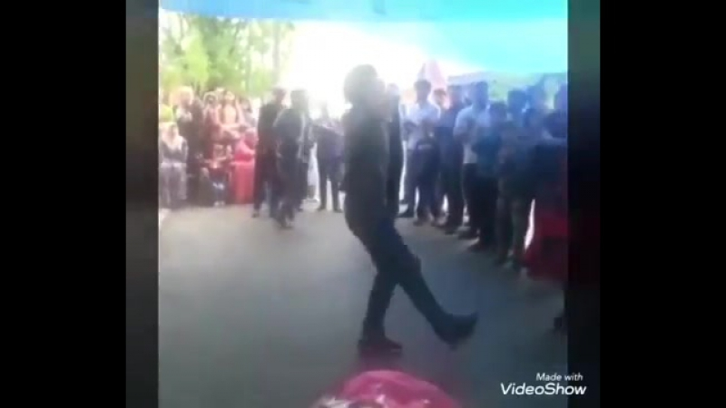 Иса_танцует_2017.mp4