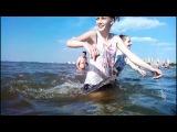 Мокрые майки на Финском заливе с музыкой