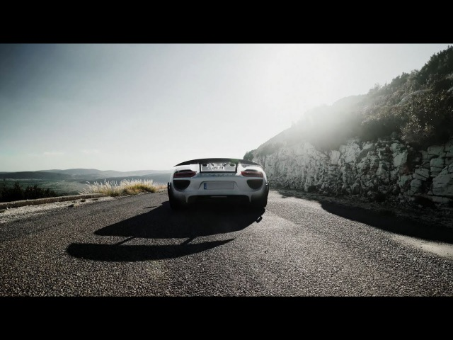 19 x 918 Spyder. 1500 km on the most famous Alpine passes in 5 days.
