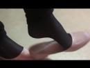 На физре играю с балетками одноклассниц приятный аромат