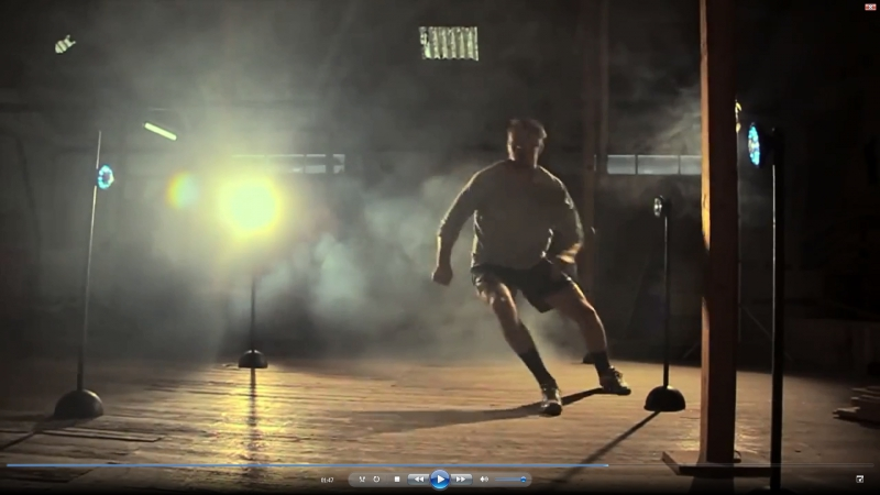 Рекламный фильм, описывающий варианты использования Fitlight Trainer для тренировок различных групп мышц, скорости реакции, коор
