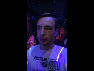 В клубе нахер