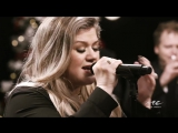 Kelly Clarkson - Christmas Eve Live on Sounds of the Seasons Live 2017 _ Music C