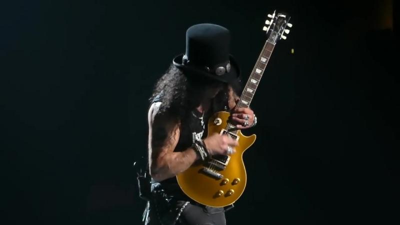Johnny B Goode (Slash Guitar Solo) Guns N Roses@Wells Fargo Center Philadelphia 10-8-17