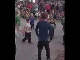 video (8)