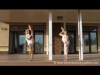 Elastic Sisters Albina and Anzhela_ flexibility and cortontion show