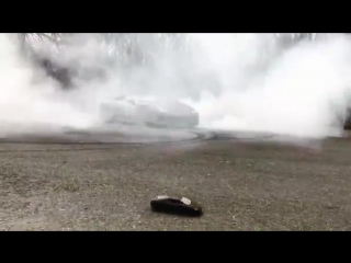 Lamborghini Huracan making donuts with RC car