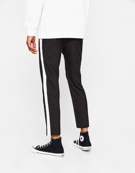 Укороченные облегающие брюки с лампасами