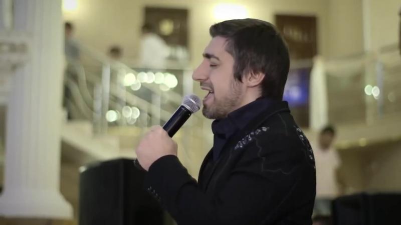 Парень спел для Мамы на свадьбе! ОЧЕНЬ КРАСИВО! Ринат Каримов