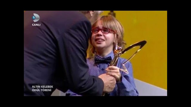 Ataberk Mutlu ağladı, ağlattı.. Altın kelebek / Poyraz Karayel