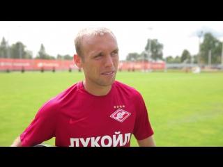 Денис Глушаков: Овечкин обещал научить меня кататься