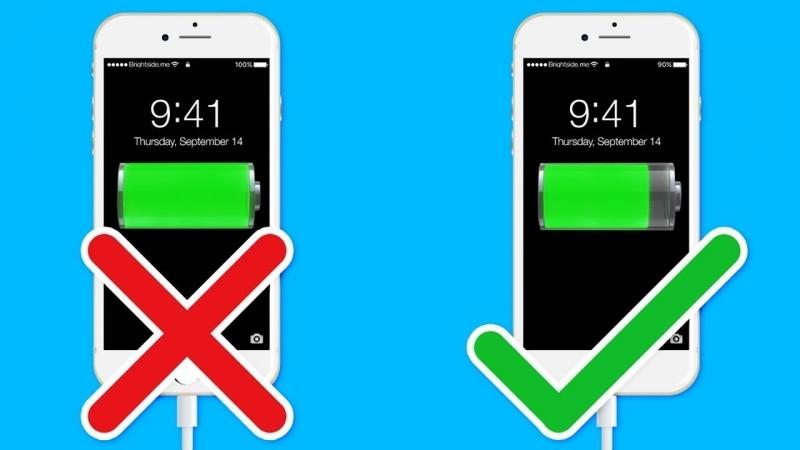 [AdMe.ru - Сайт о творчестве] 15 Ошибок, Которые Сокращают Жизнь Вашего Телефона