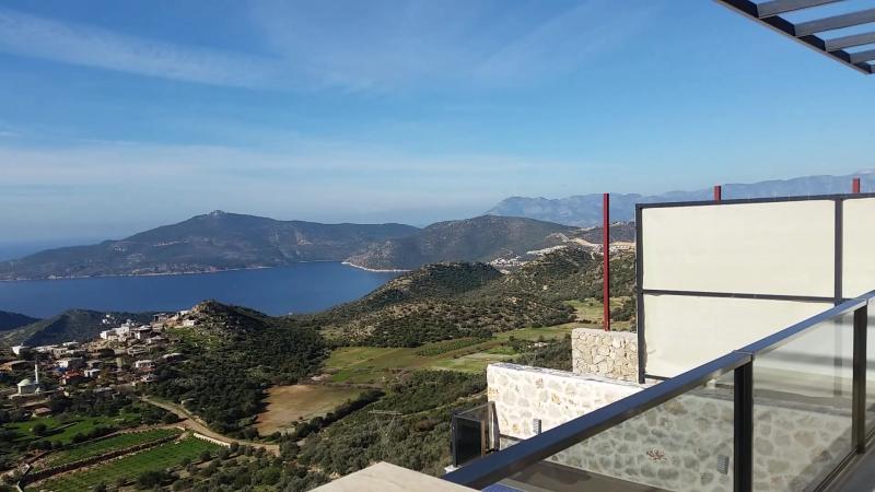 Отель в Калкане на горе. (Tatil Villam | Villa Regal - Kalkan kiralık lüks villa tatili)