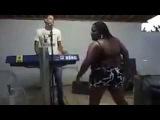 Vídeo EngraÇado do WhatsApp - Mulher feia dançando