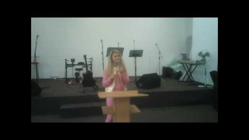 Дебора Вайнер в церкви Дом Божий (Харьков) 301016