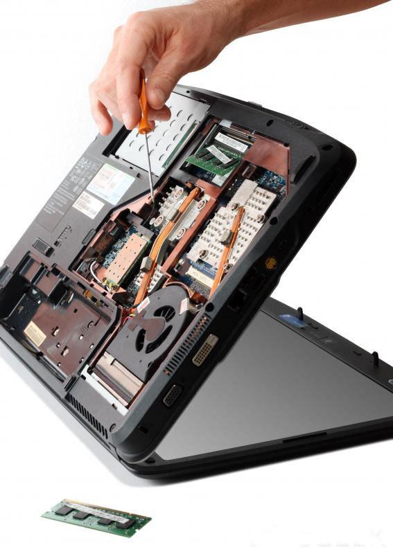 Техник по ремонту компьютеров это