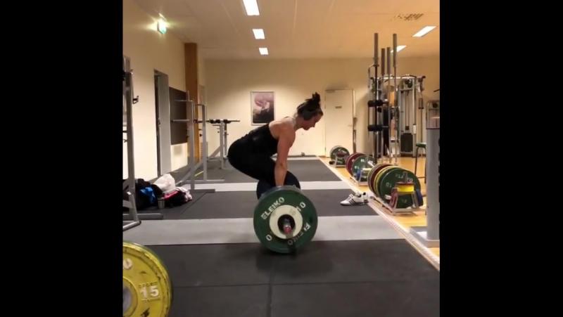 Вилма Олссон, тяга 172,5 кг на 3 раза