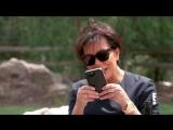 KUWTK - Kris Jenner Prank Calls Random People - E!