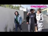 22 февраля: Зендая со своим ассистентом и Томом Холландом на прогулке в Лос-Анджелесе