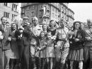 Песня «Под звёздами Балканскими» исполняют О. Погудин и Е. Дятлов