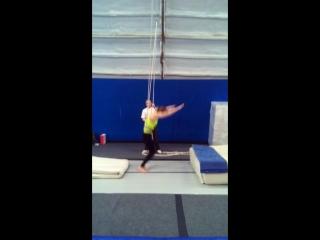 #учимсвязки #сальтоназад #handtohand #trampoline #tambling #https://www.facebook.com/andrey.khrapov.58 #backflip #