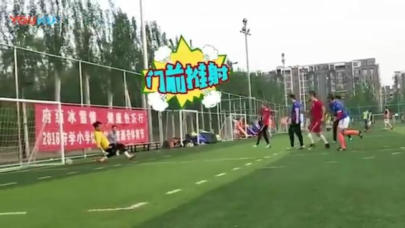 Luhan @ 180427 first football class youku update