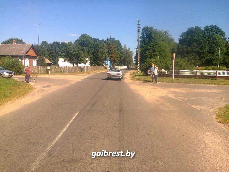 В Ивановском районе под колесами иномарки пострадала женщина-велосипедст