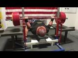 Блейн Самнер жмёт 410,5 кг