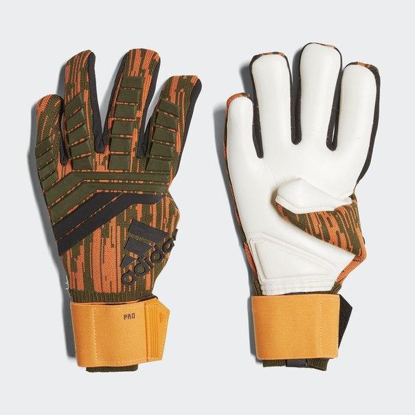 Вратарские перчатки Predator 18 Lone Hunter