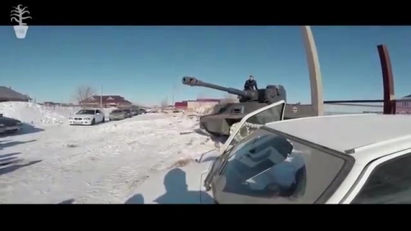 Павлик наркоман Антоша в танке
