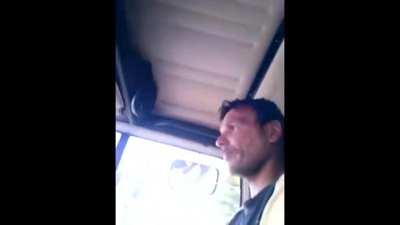 Игорь Десантура - 2 поддона кирпичей и бордюр