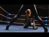 Superheroine in trouble - Catfight!