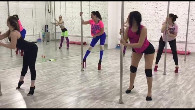 Ученицы Кати Ивановой курс Exotic Dance для начинающих
