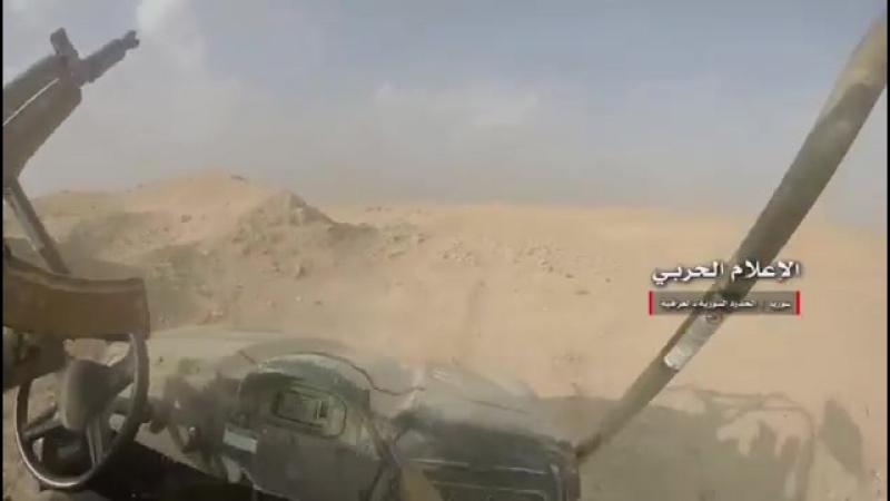 Встреча сирийских и иракских ВС на государственной границе, у Абу-Кемаля