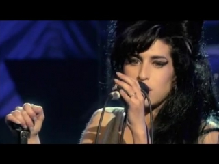 Amy Winehouse - Back To Black (Live in London 2007)