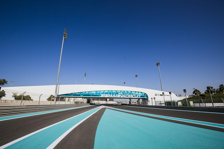 Автодром Яс Марина в Абу-Даби