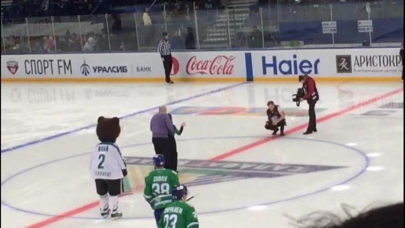 Ванян Гарегин на хоккее 10.12.2017