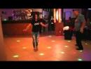 Девушка танцует лезгинку