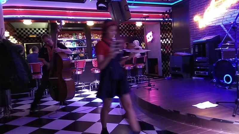Red Fox Tails в Route66Diner