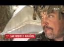 14 ЖОВТНЯ 2017 р В Україні відзначають День захисників які покинули дім і взяли до рук зброю
