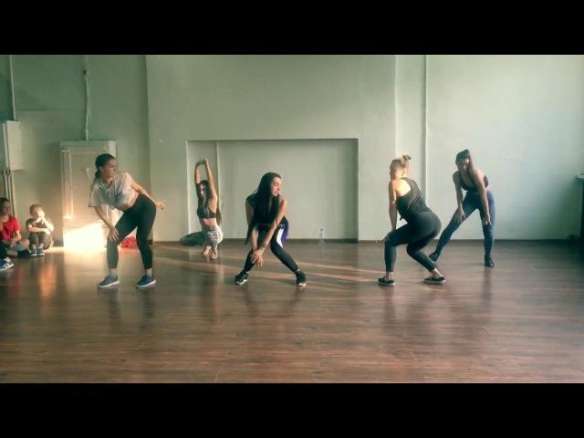 FEMALE DANCEHALL WORKSHOP BY DAHA ICE CREAM | RAZOR B - SET UP FI GET WET UP